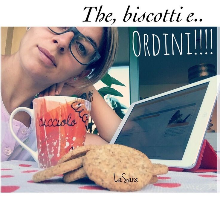 La Miss dorme ancora.. e io ne approfitto:  The verde��, biscotti di farro �� e VOI!!!! ��  Super scorta di #bruciagrassi per #Tiziana, #Alessandra, #Anna e #Giulia.. la mia golosona di barrette��  Pacchetti in viaggio per Voi!!!!!�� E tu ce l'hai il segreto per restare in forma??? #buongiorno #nonperderetempo #follome  Contatto WhatsApp 3917527312 �� http://misstagram.com/ipost/1554222515370794702/?code=BWRtSSilx7O