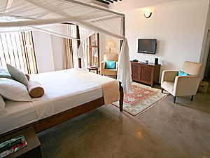 Kisiwa House: Rooms are large and comfortable -- http://adventureswithinreach.com/tanzania/zanzibar/lodging-details.php?name=Kisiwa-House