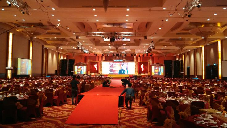 Easecox 2016 Sound JBL vertec series Lights, Multimedia LED screen, LCD projector Powered by ngi_INFINITE. INFINITE live (Lighting, Integrated Visual-audio Equipment) www.ngi-infinite.com at Ballroom The Ritz-Carlton Pasific Place