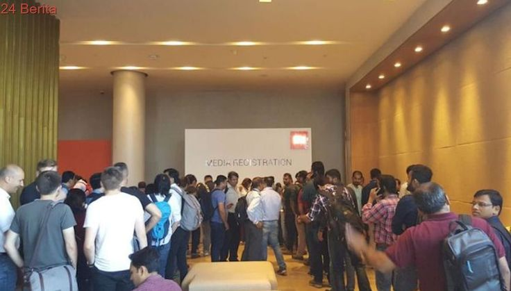 "Suasana Jelang Peluncuran Ponsel ""New Series""  Xiaomi di India"