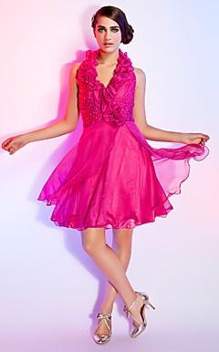 uma linha strapless curto / mini vestido de cetim da dama de honra / cocktail