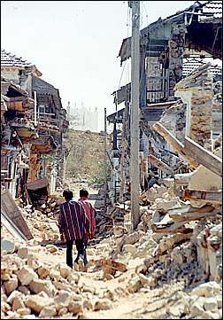essay on gujarat earthquake of 26th january 2001 A major earthquake struck gujarat, india, on 26 january 2001 at 08:46 am local  time resulting in close to 13,823 deaths and extensive damage to property in.