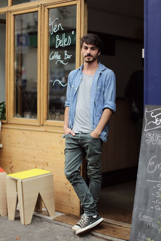 Cool casuals, basic t-shirt, open shirt and neutral trousers, with converse sneakers, men's style