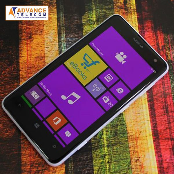 """Your stuff takes centre stage on the spacious 4.7"""" scratch-resistant screen of Nokia Lumia 625"""