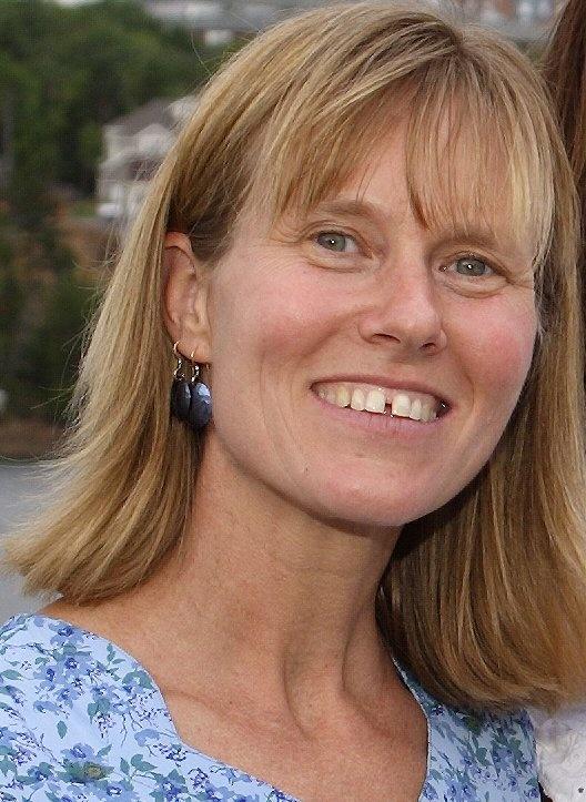Gwendolyn MacNairn, Computer Science Librarian