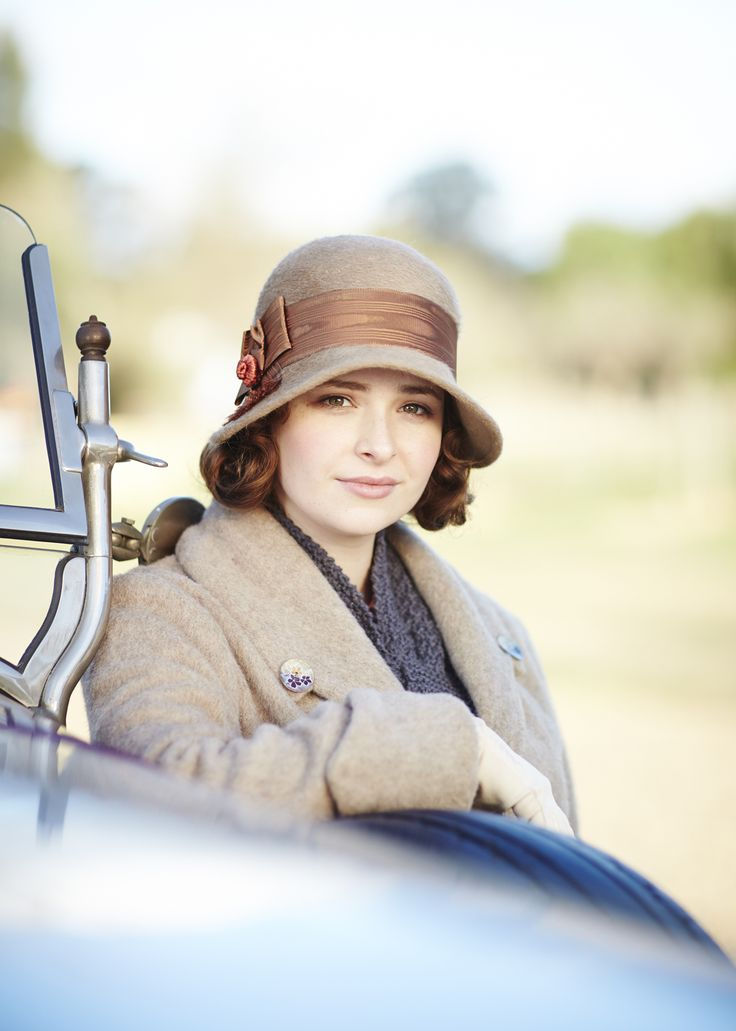 Dorothy 'Dot' Williams (Ashleigh Cummings) in 'Death On The Vine' (Series 2, Episode 10)