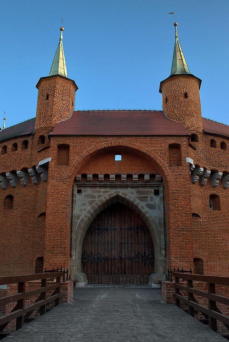 バルバカン ポーランド 旅行・観光の見所を集めました。
