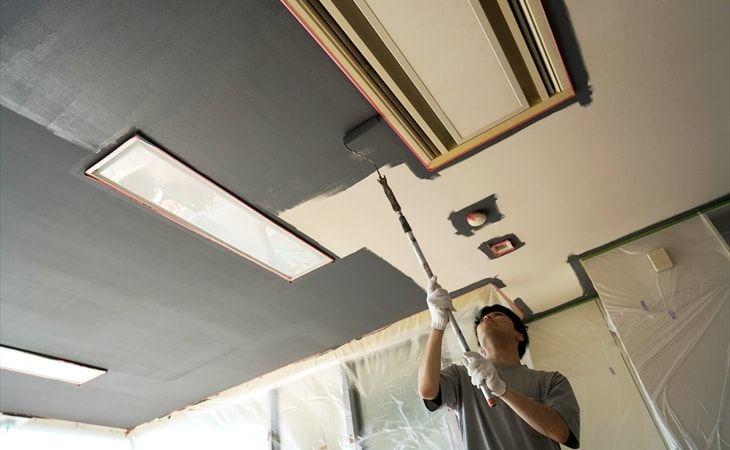 ド素人でも天井にペンキを塗れるのか 実際にやってみた 賃貸