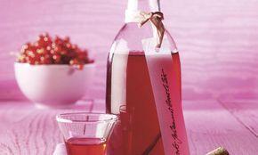 Ein+leckerer+und+erfrischender+Likör+mit+Wodka+oder+Doppelkorn