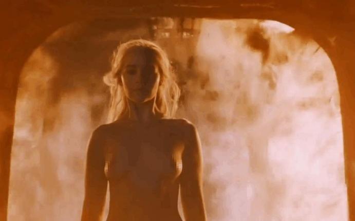 Cuidado Alerta De Spoiler Daenerys Targaryen Emilia Clarke