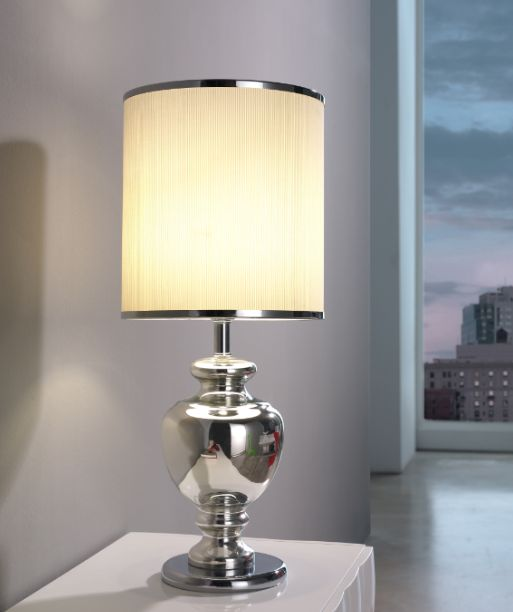 Bordlampe modell LUMI💡 www.mirame.no  #lampe #bordlampe #lys #stue #gang #innredning #møbler #farger #norskehjem #mirame #pris  #interior #interiør #design #nordiskehjem #vakrehjem #nordiskdesign  #oslo #norge #norsk  #bilde #speilbilde #lumi #rom123  #krom
