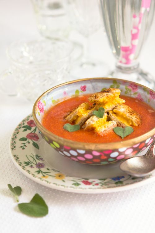 Tomato Soup + Grilled Cheese Croutons!
