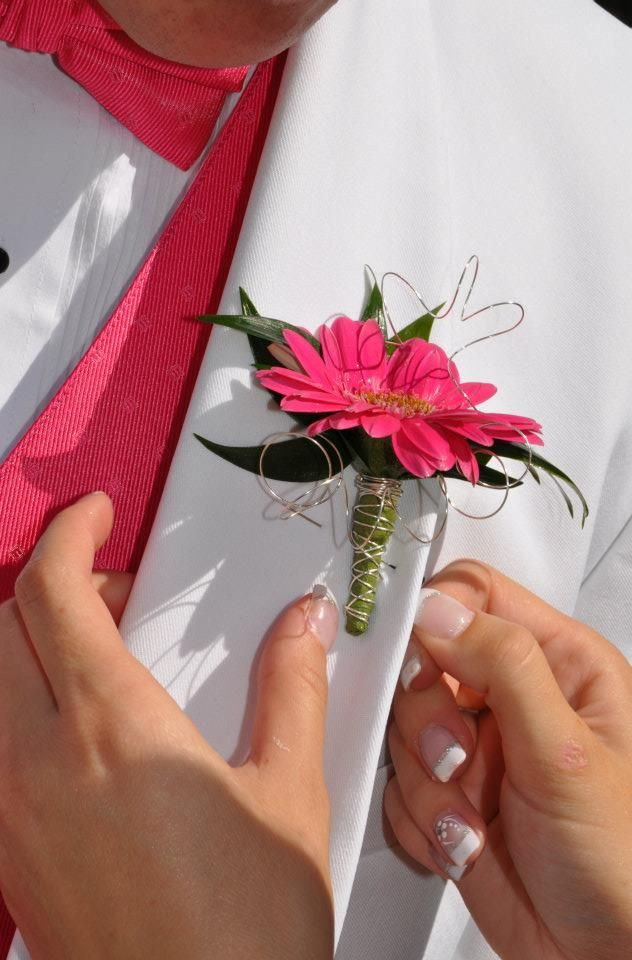 Hot Pink - Bling - Prom Flowers - Knoxville TN - www.lisafosterdesign.com
