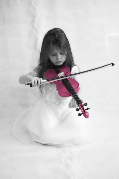 Pink violin color splash