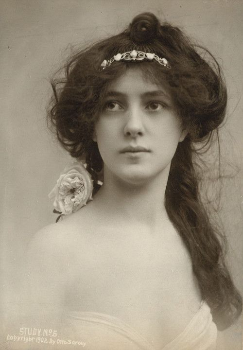 Evelyn Nesbit by Otto Sarony, ca.1902