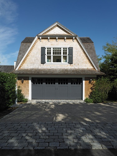 Gambrel dormer roof overhang garage garage ideas for Garage overhang
