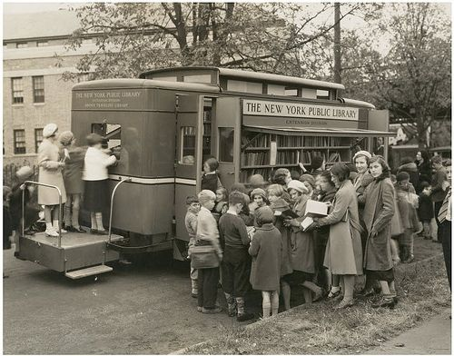 """""""Bookmania:  Children led astray by the Bronx Traveling Library, Westchester Square branch, New York. (via Robert Barone)"""": Traveling Library, Public Library, York Public, Bronx Traveling, Book, New York, Public Libraries, Westchester Square"""