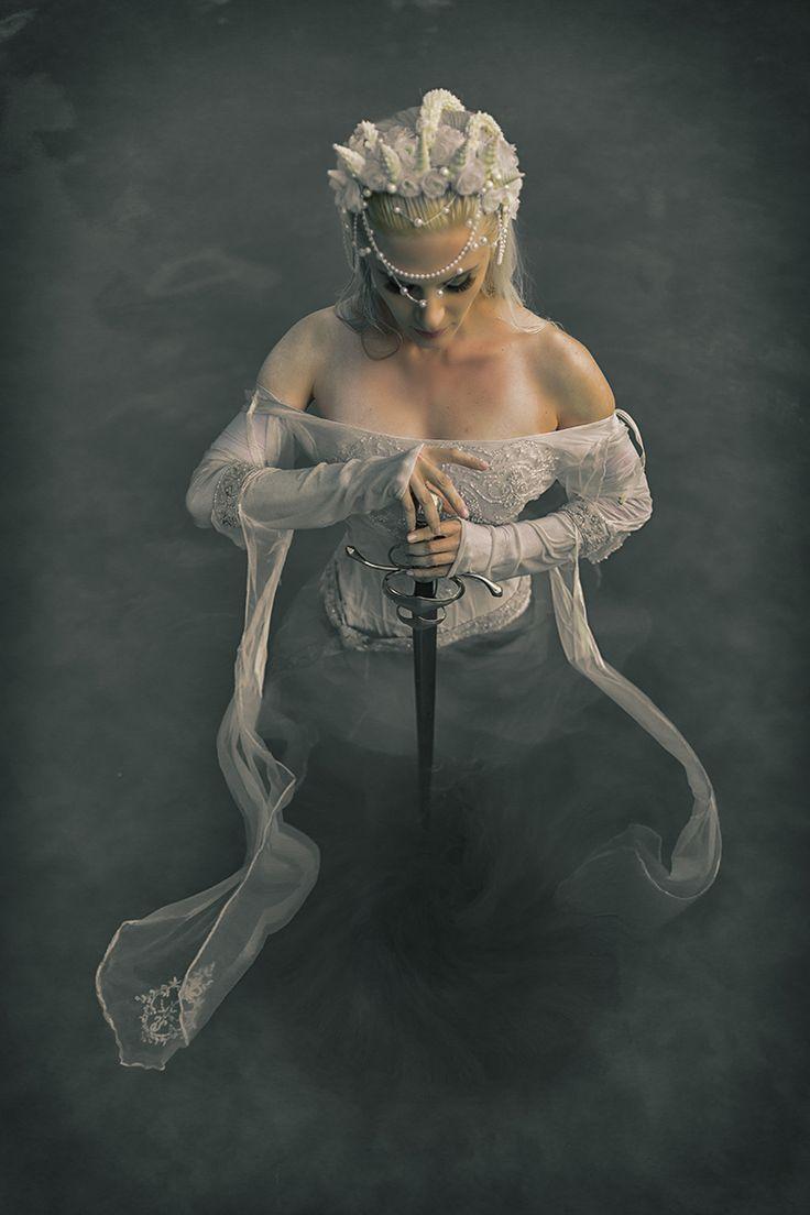 Photographer: Chad Perry – Creative Perspective Studios Headpiece: Susan Adams Model: Kelsey King