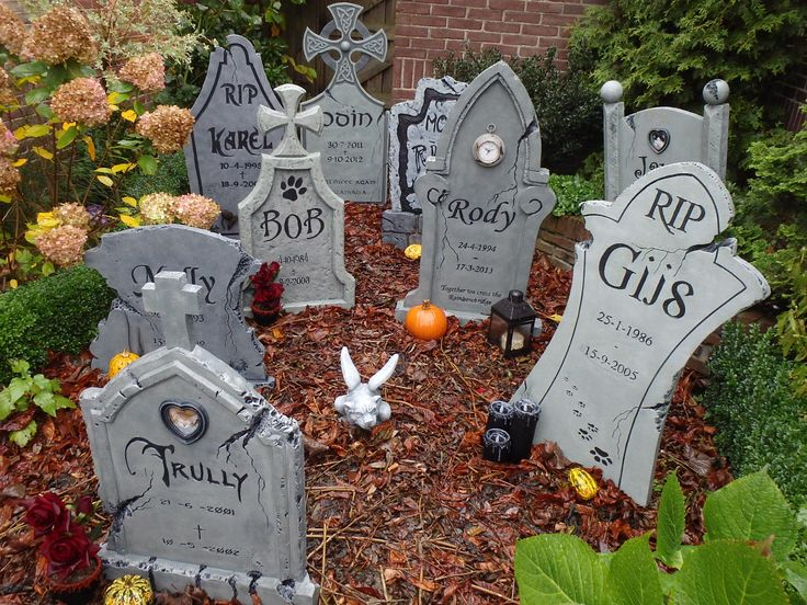 halloween decorations the final result - Cemetery Halloween Decorations