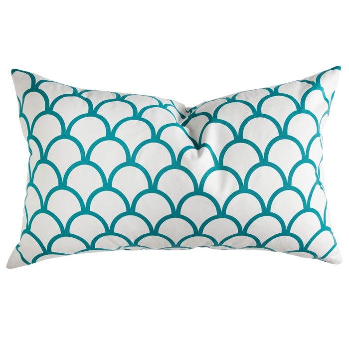 Caitlin Wilson Scallop Pillow Cover in Peacock