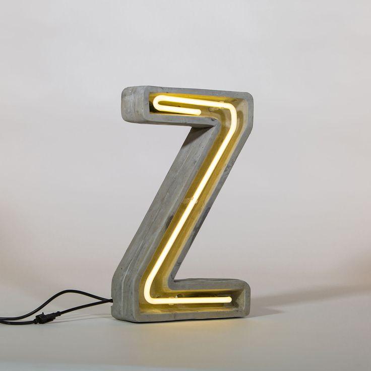 Tischleuchte Néon Alphacrete / Buchstabe Z, Buchstabe Z von Seletti finden Sie bei Made In Design, Ihrem Online Shop für Designermöbel, Leuchten und Dekoration.