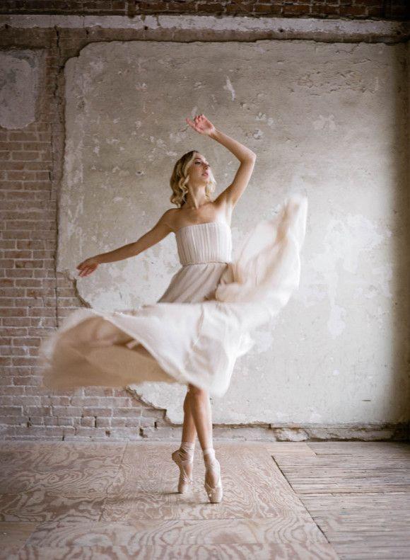 Ballerina Inspired Wedding Ideas//