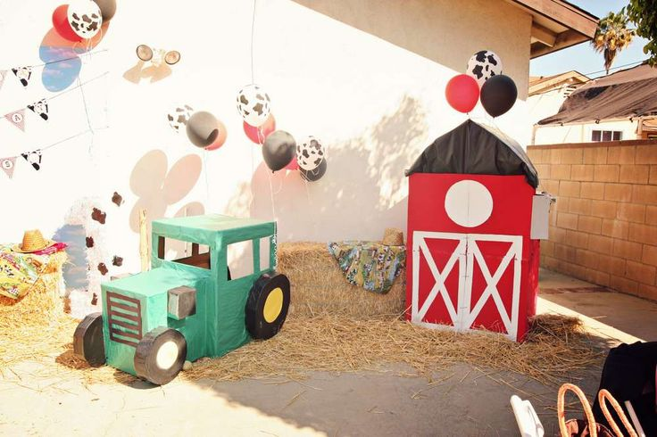 Barnyard, Farm Birthday Party Ideas | Photo 3 of 9 | Catch My Party