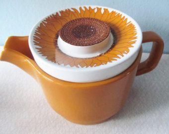 Sunflower Korulen Egersund Norway Unique 70's teapot