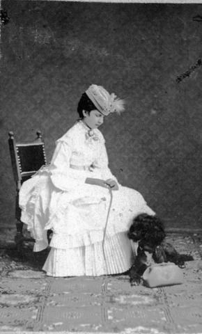 Archduchess Gisela with her dog.