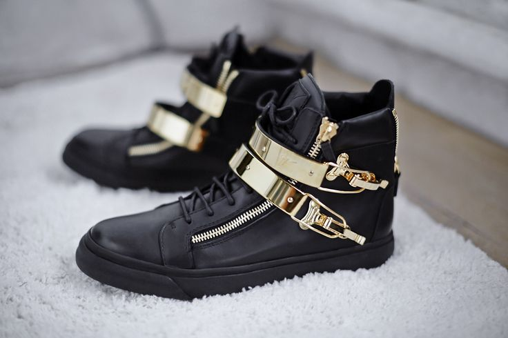 Live From the Set: the new iconic Sneaker from the Giuseppe Zanotti's FW 14.15 AD Campaign www.giuseppezanottidesign.com