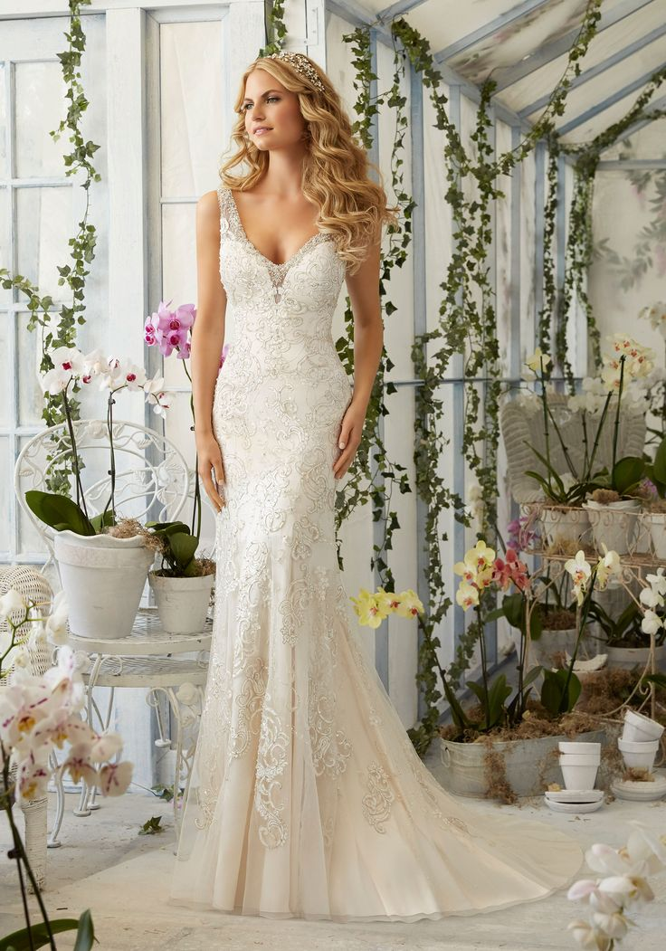 Awesome  Bridal Gowns Dresses Crystal Beading on Laser Cut Embroidered Appliques onto the Net Gown Over Soft Satin