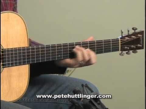 Pete Huttlinger plays The Water is Wide on his 1994 Collings OM2H (Sitka / East Indian Rosewood).    Learn more about the guitar at http://www.collingsguitars.com  Visit Petes website at http://www.petehuttlinger.com