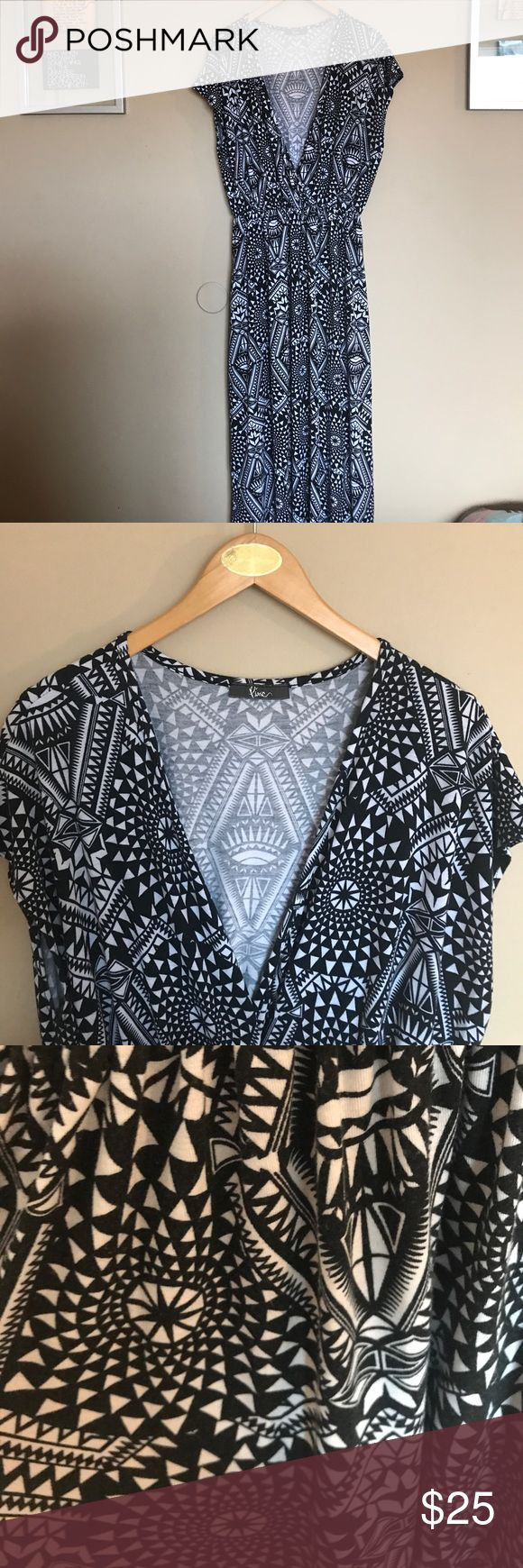 Pinc black white tribal Aztec print 2x maxi dress Pinc black white tribal Aztec print 2x maxi dress. Excellent used condition plus size Curvi maxi dress with a geometric pattern, as Tech type tribal print. Plunging neck line with slight Sleeve for flattering, curvy fit. Beautiful for weekend summer event, casual wear, summer beach cover-up or date night out with the gals or the guys. Very versatile dress. 96% polyester 4% spandex.  I love reasonable offers, bundle and save! I ship same or…