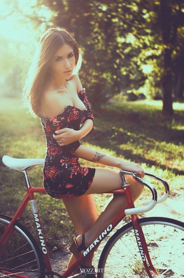 Stylish girl images for facebook