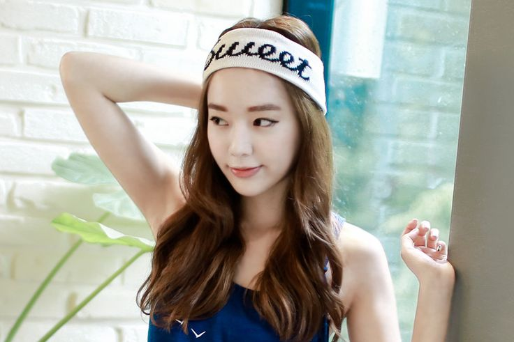 Loveliness of the female clothing shop. [Whitefox] Sweet Band / Size : FREE / Price : 9.39 USD When you enjoy a variety of leisure sports. #headband #hairband #acc #leisure #koreafashion #womanfashion #dailylook #chic #OOTD #WHITEFOX
