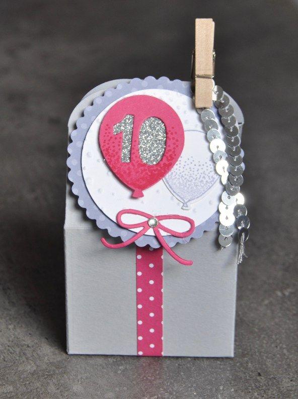 Carte d'invitation 10 ans fille anniversaire bouquet de ballons et Thinlits boîte à pâtisserie  par Marie Meyer Stampin up - http://ateliers-scrapbooking.fr/ - Balloon Celebration Stamp - Baker's Box Thinlits - Partyballons Stempel - Thinlits Leckereien-Box