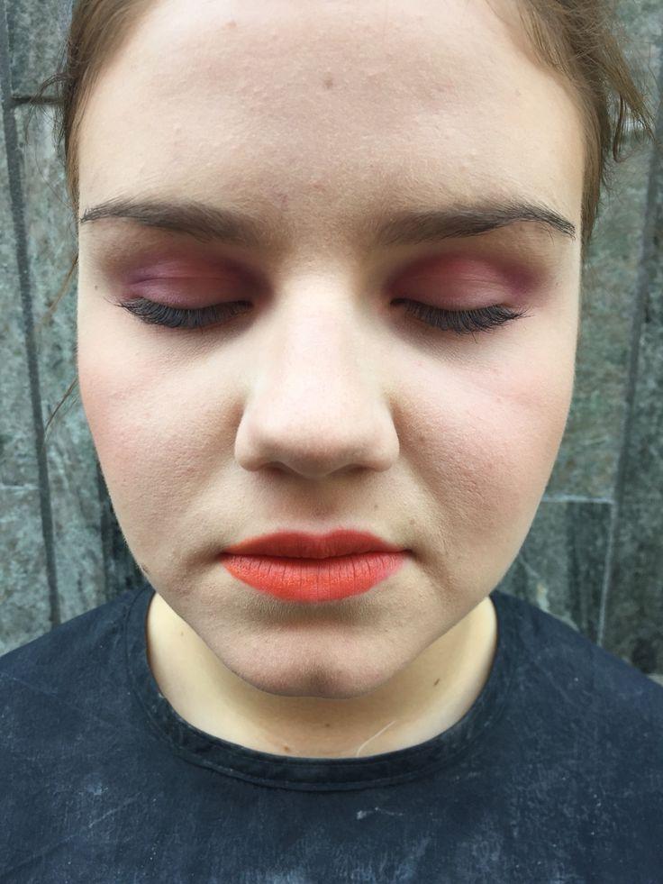 Afton makeup på fina Emilia