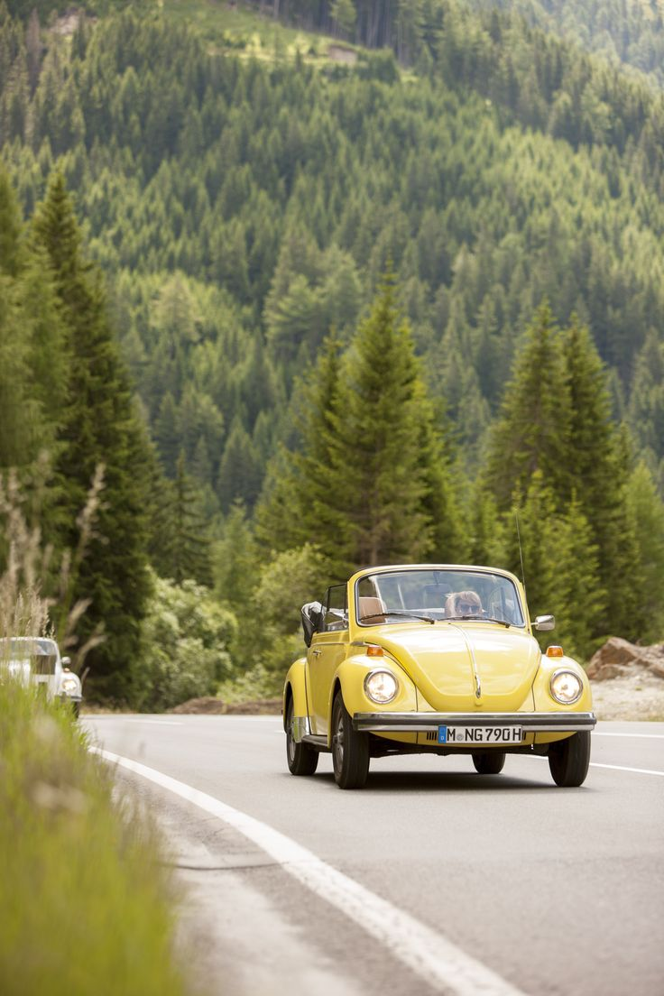 Nostalgic Classic Car Travel | VW Käfer 1303 in the Austrian Alps