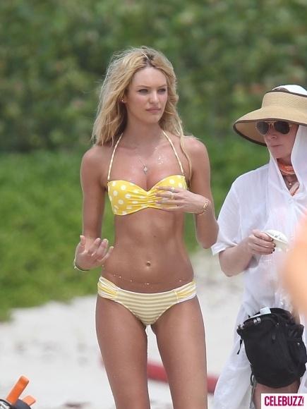Celebrity Bikini Bods Of 2011 Celebrities Pinterest