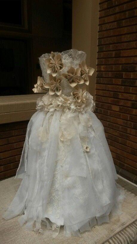 Paper flowe dress