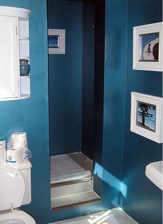 Blue Bathroom - Home and Garden Design Ideas