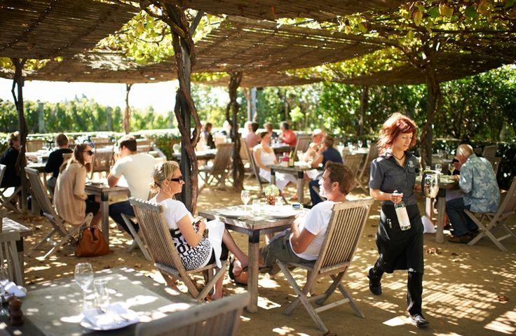 Summer Outdoor Dining | Black Barn Bistro