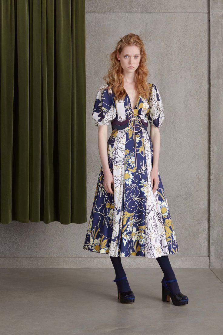 Maria Sharapova opts for high fashion at CFDA/Vogue bash | Daily Mail Online