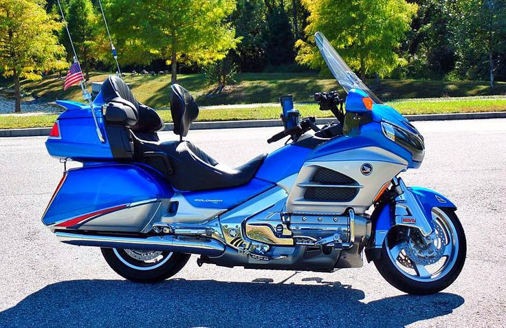 Beautiful Goldwing On A Beautiful Day In Jacksonville