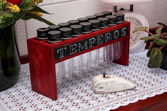 Porta Tempero colorido Vintage 16 tubos