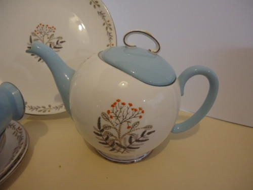 "English Porcelain - A RARE ""MERLIN WARE"" TEA SET BY ROYAL STAFFORD. for sale in Pennington (ID:249489973)"
