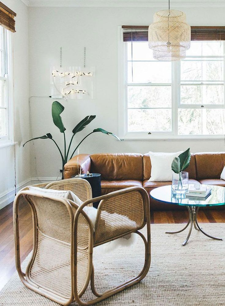 Modern Coastal Interiors Inspiration From Worn Store Australia Coastal Living Rooms Coastal Interiors Beach House Interior