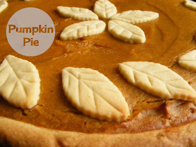 My version of yummy pumpkin pie (homemade dough recipe included)