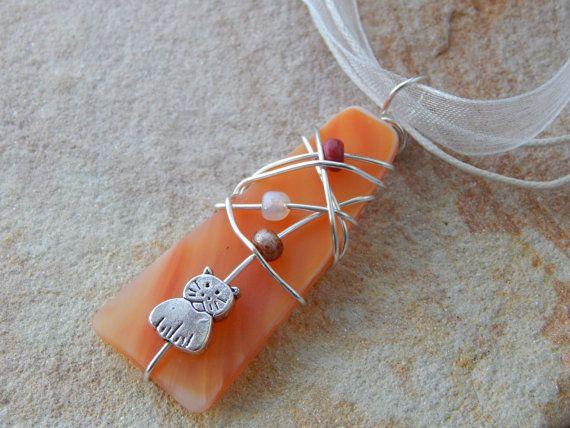 Gato amante de la joyería, collar del gato, alambre envuelto naranja vidrieras colgante, colgante de gato, Idea de regalo para las mujeres, mano envuelta, guía de regalos
