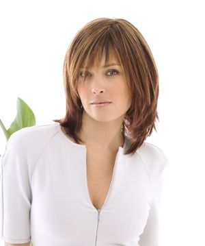 Short razor cut hairstyles - medium length 2
